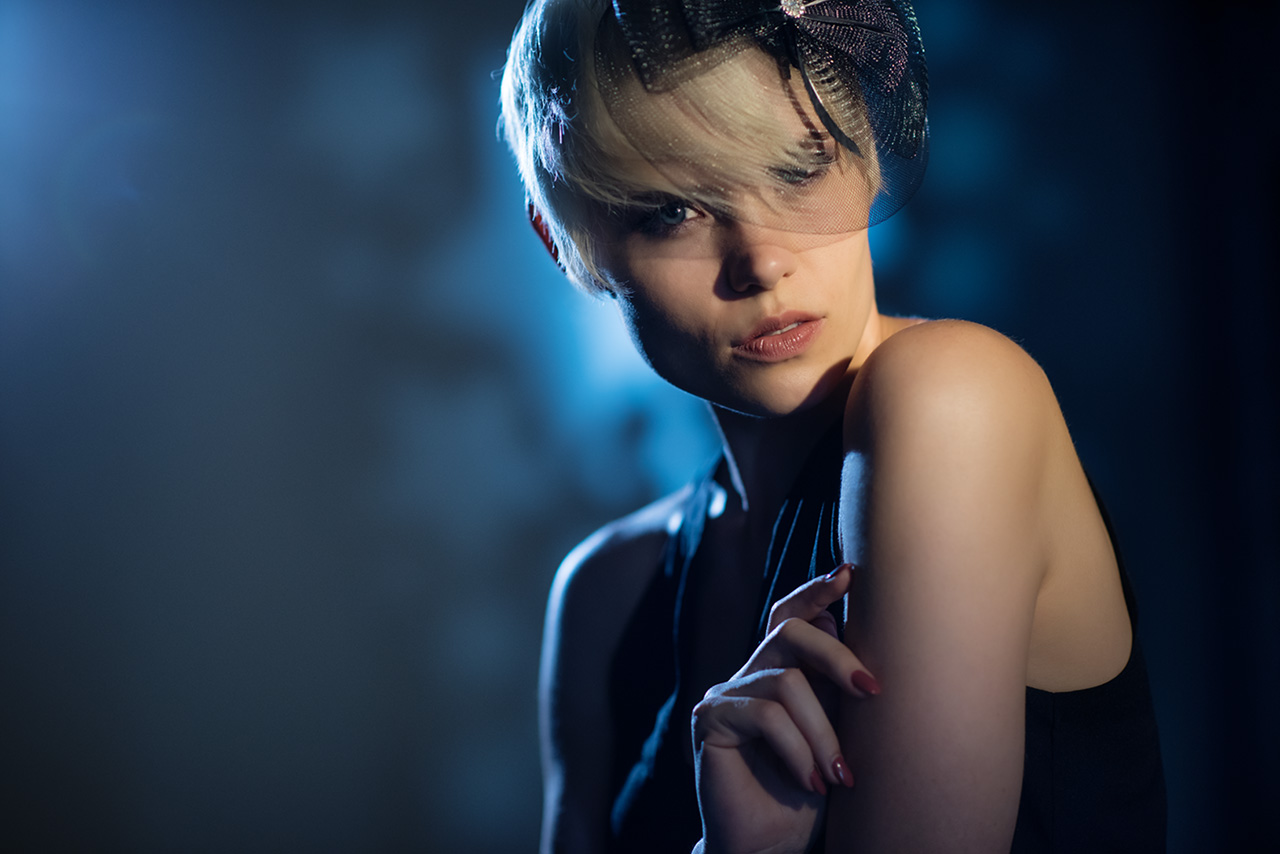 Friday Freebie #10 Example Studio Lighting setups Cheap lighting for portrait photography